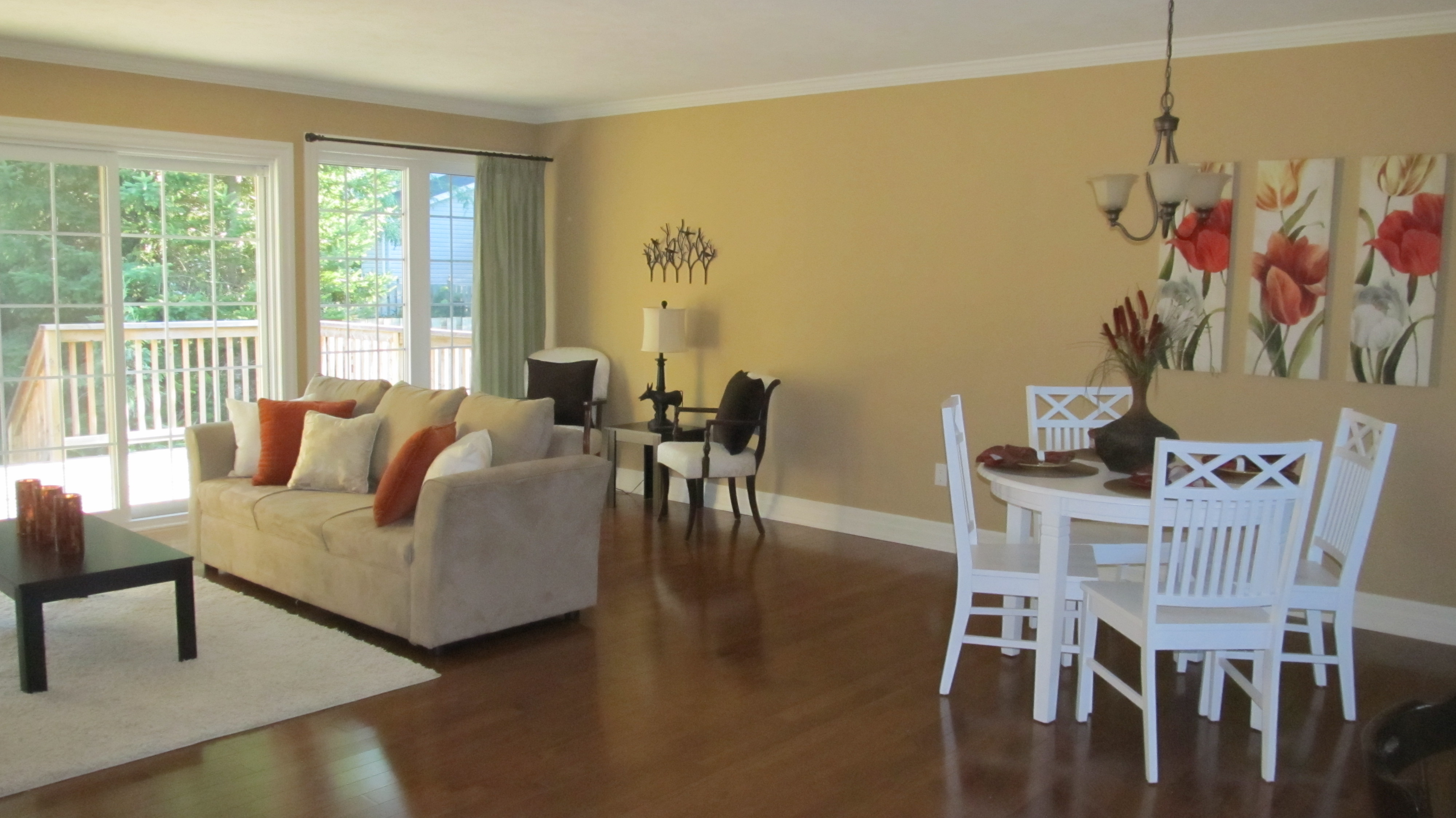 Open Concept Layout Show Offs Home Staging